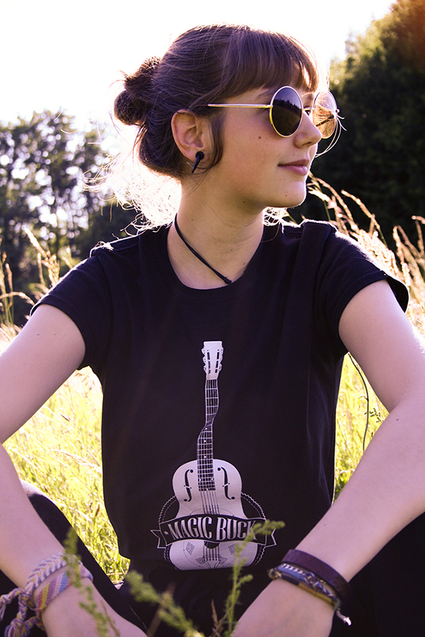 NaoelleTshirt